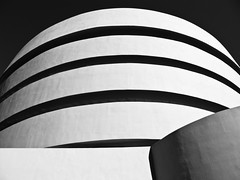 IMG_1440 USA York Guggenheim Museum Black and White (Dave Curtis) Tags: usa white newyork black museum america canon m guggenheim 2010 g11
