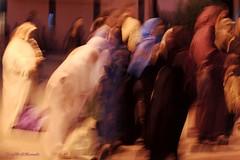 """della serie """"DARE VOCE ALLE DONNE"""" .... n. 5 .... IN MAROCCO ... DONNE INVISIBILI (Maria Grazia Marrulli) Tags: africa street travel vacation people men colors alberi children women strada shadows gente bambini couleurs hijab ombre persone marocco marrakech medina donne streetphoto luci mura piazza dedicated niqab enfant dedica colori viaggio architettura vacanza burqa peuple notturno bicicletta mosso uomini urbanfragments veicoli paesaggiourbano botteghe dedicata leshommes inmovimento micromosso circolomicromosso allegrisinasceosidiventa lesefemmes piazzajemaelfna obiettivo70200 darevocealledonne jbalerif saidafikri"""