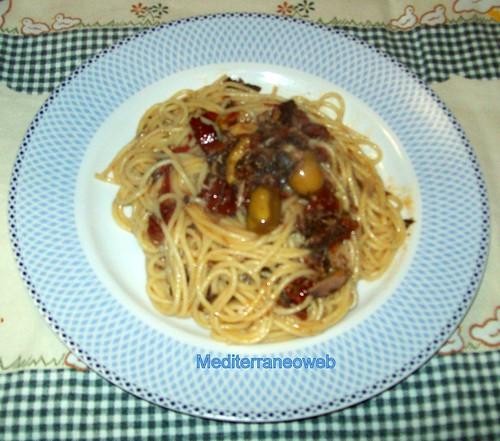 Spaghetti alla carrettiera e la buzzonaglia di tonno