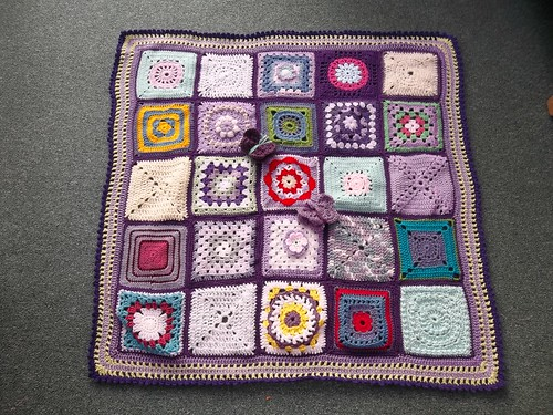 Assembled by jean nock thank you! Thanks to everyone that contributed Squares for this Blanket.