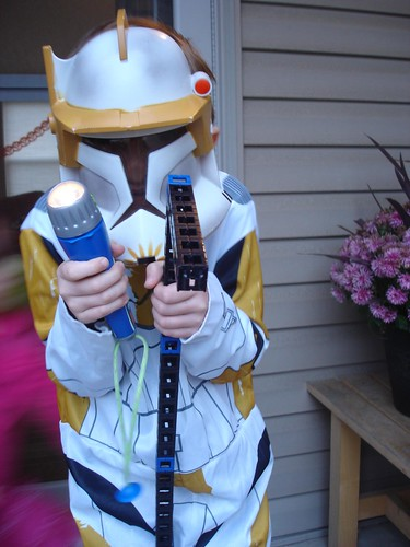 "Commander Cody w/""gun"" and flashlight"