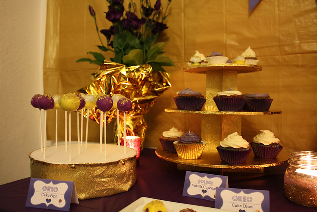 30th Birthday: Golden-Violet - Dessert & Party Table Theme