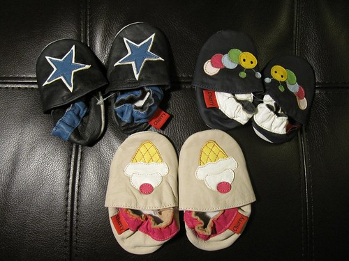 baby shoes from cherry shop
