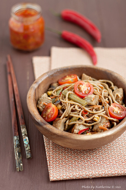 Soba with beef and vegetables