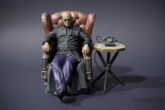 225/365 (_Codename_) Tags: toy chair phone morpheus toddmcfarlane thematrix mcfarlane lawrencefishburne 365project