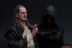 Qui-Gon Jinn - Darth Maul