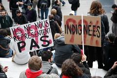 sur les marches (gabmeriadeck) Tags: ladfense 111111 occupy indignados indigns occupywallstreet wearethe99 occupyladfense occupydefense