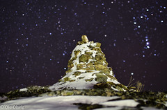 Inussuk (oolsvig) Tags: nightphotography sky snow nature night stars star nikon bokeh culture nikkor cairn f14g d5100