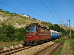 Locomotive 42 081 (Krali Mirko) Tags: electric train railway bulgaria locomotive 42 skoda 081  47e bdz e42   42081 46e  laminatka    strashimirovo koda46e