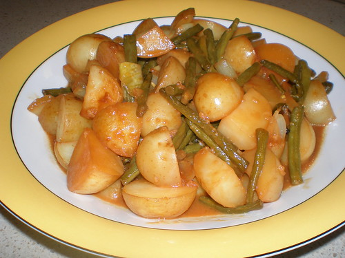 Maple-Mustard-Glazed Potatoes and String Beans