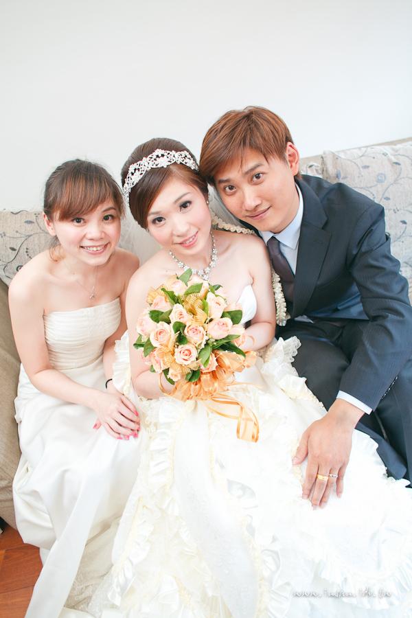 wed110910_0745