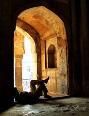 Dream (bosekapil) Tags: life people india delhi mosques mehrauli