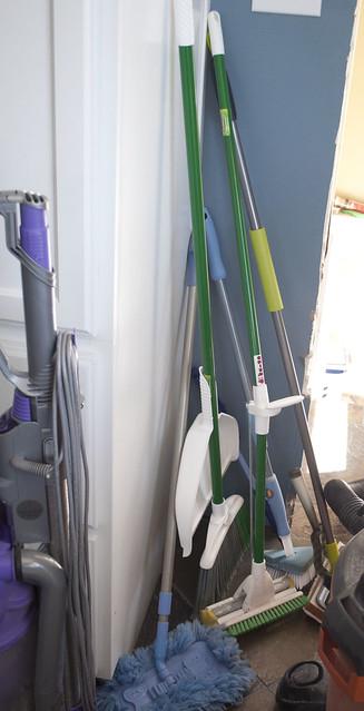utility.closet.3102