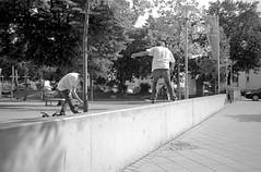 (dennibraun) Tags: red film analog point skateboarding skate skateboard apx100 rps analogue rv rodinal pentaxmesuper apx ravensburg tailslide rolleiretro100