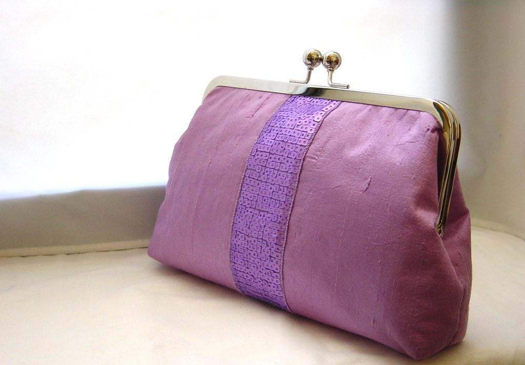 Sabrina - Lilac dupioni silk clutch with Sequin