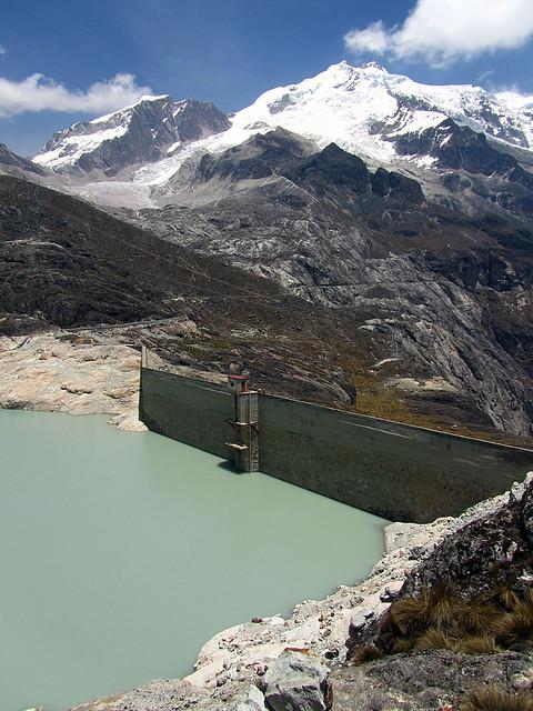 Huyana Potosi (and dam)