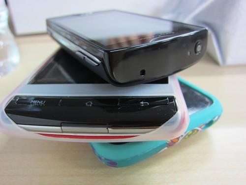 Sony Ericsson mini S51SE イー・モバイル