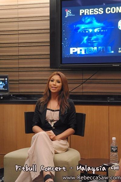 Pitbull Malaysia 2011 Press con-2