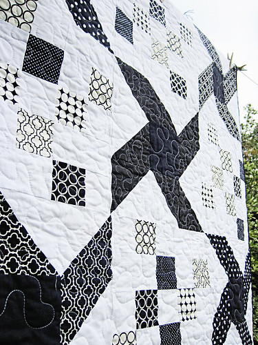 black and white quilt 3