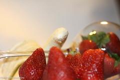 sttil01-56 (Patricia Barcelos) Tags: frutas still sexo morango pimenta sensualidade imaginao calcinha sexualidade afrodisiaco patriciabarcelos patbarcelos patfotgrafa