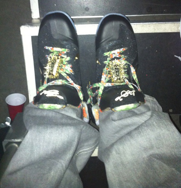 Lebron-9-Custom-Givenchy-Watch-The-Throne-Kanye-West-JayZ-sneakers-3