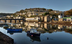 Peaceful day on the Looe River - Explore 86 (rosyrosie2009) Tags: uk autumn sea england seascape water reflections river boats photography nikon cornwall photos explore hdr gettyimages looe westcountry photomatix tonemapped eastlooe devonandcornwall westlooe d5000 rosiesphotos riverlooe nikond5000 tamronspaf1024mmf3545diiildasphericalif looebridge rosiespooner rosyrosie2009 rosemaryspooner rosiespoonerphotography