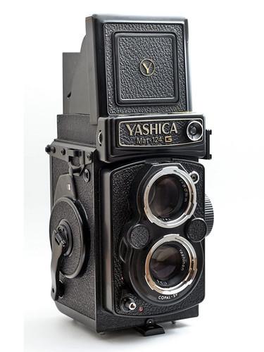mat 124g yashica