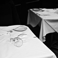 Lunch (jfsouto) Tags: uk white black london lunch cups mayfair cv40 canon5dmarkii