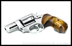 Beverly's 85 Taurus Ultralite (Oldschooljeff) Tags: ohio stainlesssteel cincinnati guns 38special nikond300 snubnoserevolver speedkingusa jeffcochransrevolvers taurus85ultralite polishedrevolver customhandguns strobistjeffcochransrevolversspeedkingusataurus85ultralitecincinnatiohiostainlesssteelpolishedrevolver38specialsnubnoserevolvergunscustomhandgunsnikond300