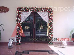 Entrance flower decor (Red Carpet Events India) Tags: road wedding home car mobile projectors rental kerala stages medical mice event reception conference shows conferences decor cochin meets emak dealer managers hoardings reputed redcarpetevents eventmanagementcochin eventmanagementkochi audiovisualrentalscochin