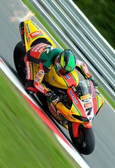Michael Laverty (kwai2009) Tags: portrait bike race speed michael kent swan nikon rockstar bridgestone sigma super racing yamaha pro british redbull mce bsb superbike brandshatch pirelli kwai laverty