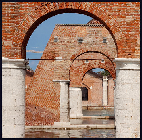 Arsenale by hans van egdom
