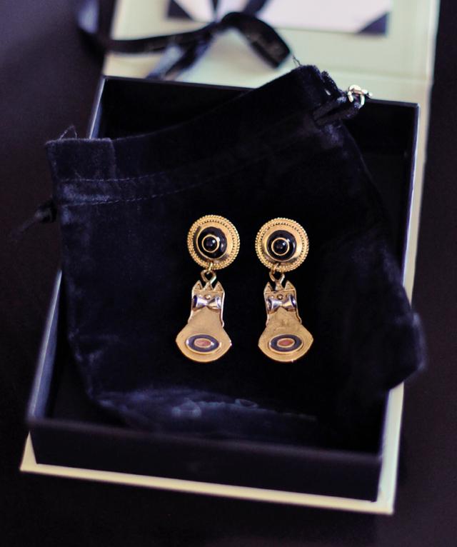jewelmint gold earrings