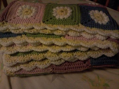Finished daisy afghan