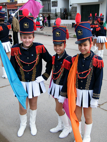 La Guardia [Majorettes] by katiemetz, on Flickr