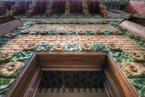 Detail of the Capricho. Comilla, Cantabria. Detalle del Capricho