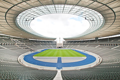 Olympia Stadion in Berlin (photo-maker) Tags: berlin germany deutschland olympiastadion 2011 fussballstadion digitalcameraclub allemania fusballstadion 20110915111342