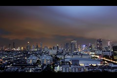 Bangkok Dangerous | Flood Warning !! (I Prahin | www.southeastasia-images.com) Tags: city storm electric night canon thailand flooding flood bangkok monsoon bolt cbd lightening sathorn 2011 october2011 narathiwasroad bestcapturesaoi