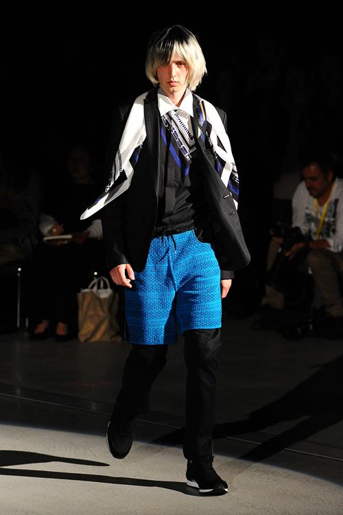 SS12 Tokyo yoshio kubo022_Rutger Derksen(Fashion Press)