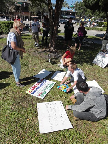 Making signs at Occupy Saint Pete