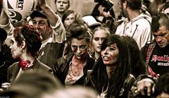 IMG_3460 (Meian') Tags: paris walking dead death blood zombie walk mort makeup gore rotten sang maquillage pourri meian 2011 putrefi putrify