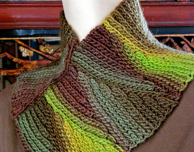 http://www.ravelry.com/patterns/library/slip-tectonics-cowl