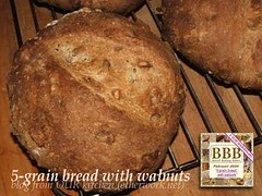 five-grain bread with walnuts (BBB)