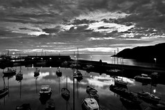 Sunrise on Stonehaven (RiccardoDelfanti) Tags: morning sun white black water clouds sunrise boats harbor scotland nuvole alba  peaceful calm porto sole riccardo stonehaven mattino scozia delfanti latramaviola