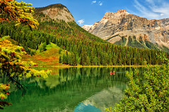Autumn at Emerald Lake (Jeff Clow) Tags: autumn lake mountains nature landscape bravo seasons fallcolor emeraldlake britishcolumbiacanada yohonationalpark