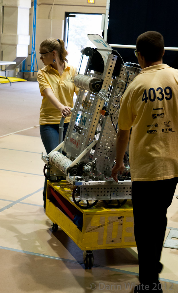 FIRST Robotics 2012 049