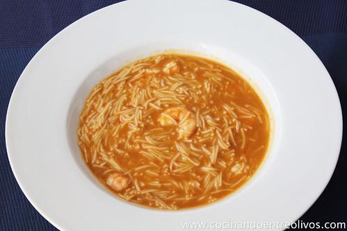Sopa de langostinos y fideos (5)