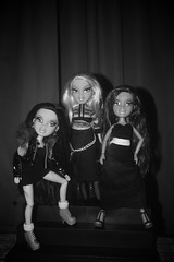 Gettin' Ready for Black Party (Bratz Guy (2nd Account)) Tags: fashion doll dolls jade yasmin mga bratz cloe bratzparty