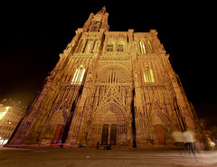 Cathedrale de strasbourg. (Patrick Mayon) Tags: france night cityscape cathedral strasbourg alsace nuit cathedrale urbanlandscape paysageurbain cathdralenotredamedestrasbourg cathedralofourladyofstrasbourg liebfrauenmnsterzustrasburg