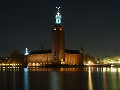 Stockholm City Hall, Sweden - Stockholms Stadshus, Sverige (Sir Francis Canker Photography ©) Tags: longexposure lake tourism night landscape cityscape waterfront sweden stockholm dusk cityhall landmark icon tourist illuminated destination townhall sverige scandinavia estocolmo suede mairie stadhuis suecia stadshuset ayuntamiento lucena svezia arenzano comune tz10 zs7